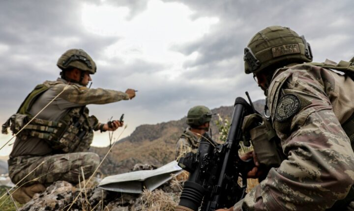 الجيش التركي يحيد 3 من PKK الإرهابي شمالي العراق
