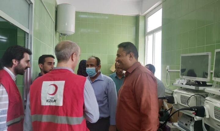 """اليمن.. الهلال الأحمر التركي يدرب كادرا طبيا على الوقاية من """"كورونا"""""""