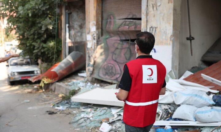 """مد يدك لبيروت الجريحة"""".. حملة إنسانية من الهلال الأحمر التركي"""