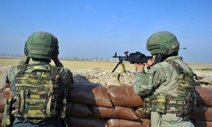"""""""درع الفرات"""".. الجيش التركي يعتقل 2 من PKK/PYD الإرهابي"""