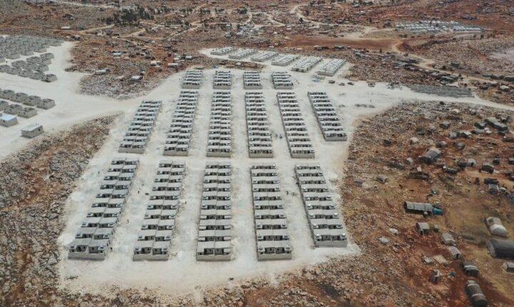 جمعية تركية تنهي 650 منزلا من الطوب