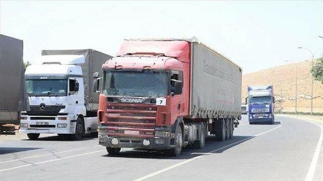 عبر تركيا.. 84 شاحنة مساعدات أممية تدخل إدلب