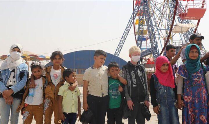 """نظمتها """"الإغاثة التركية"""".. رحلة ترفيهية لأطفال سوريين مكفوفين"""