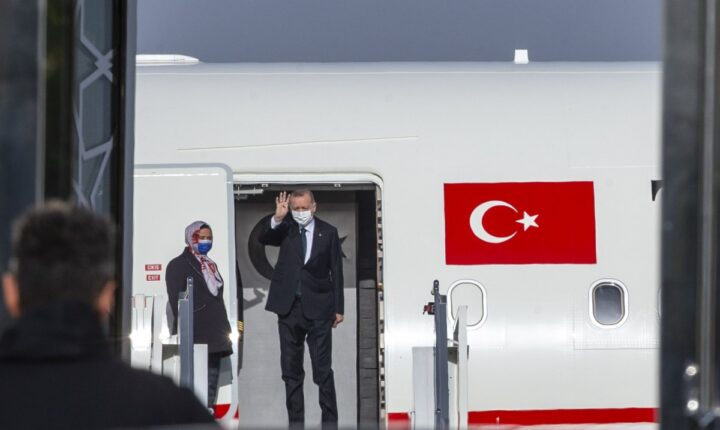 أردوغان يتوجه إلى الكويت وقطر
