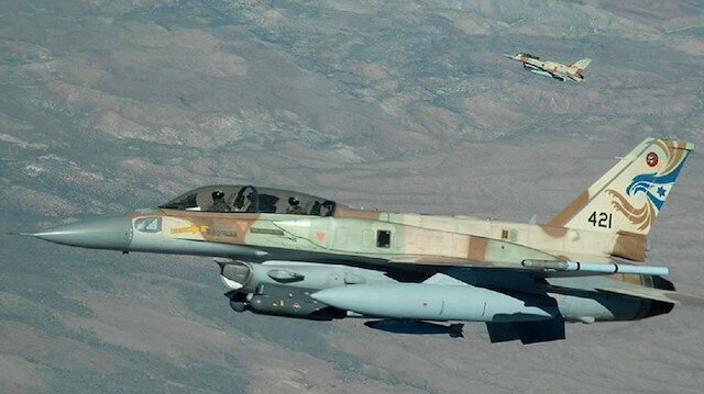 مقتل 3 عسكريين من قوات النظام السوري بغارات إسرائيلية
