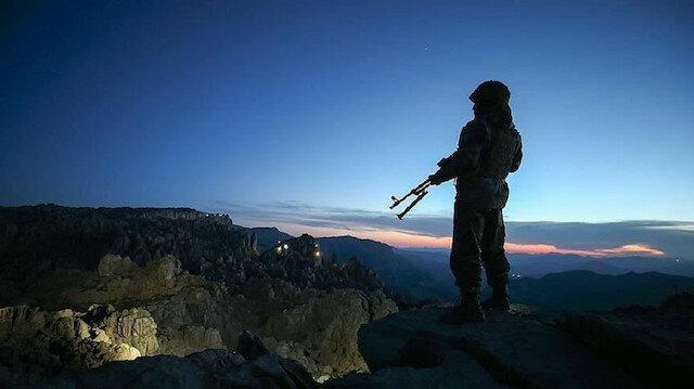 """تركيا.. إقناع 189 إرهابياً من """"بي كا كا"""" بالاستسلام"""