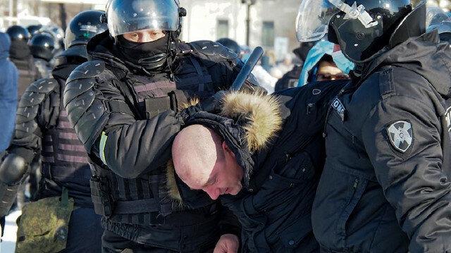 """روسيا.. الآلاف في الشوارع للمطالبة بإطلاق سراح """"نافالني"""""""