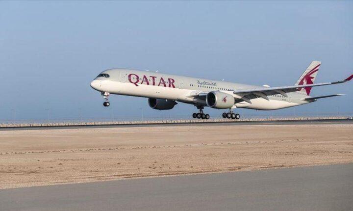 بعد توقف دام 3 سنوات.. أول طائرة قطرية تصل مصر