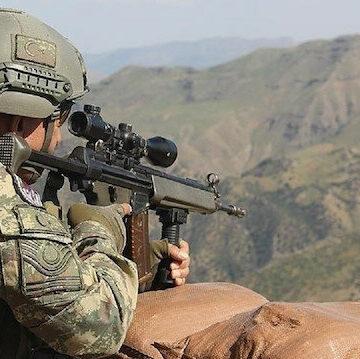 """الدفاع التركية: تحييد 3 إرهابيين من """"ي ب ك"""" شمالي سوريا"""