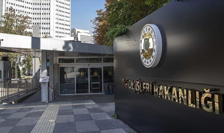 أنقرة: الدول الضامنة ترفض الأجندات الانفصالية التي تستهدف سوريا