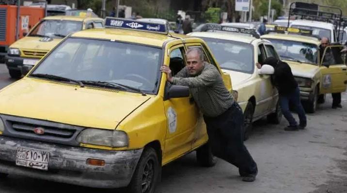 أزمة مواصلات خانقة تشهدها محافظة درعا بالتزامن مع ارتفاع أسعار المحروقات