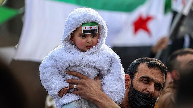تركيا.. سوريون يجددون مطالب تحقيق أهداف الثورة بذكراها العاشرة