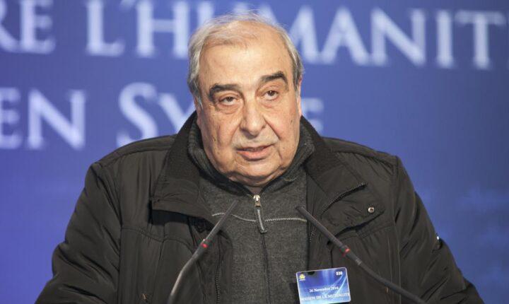"""وفاة المعارض والكاتب السوري """"ميشيل كيلو"""" في فرنسا"""