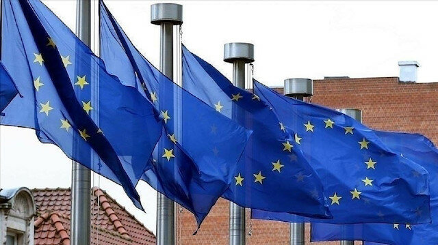 الاتحاد الأوروبي يمدد مشروعًا تعليميًّا للسوريين بتركيا