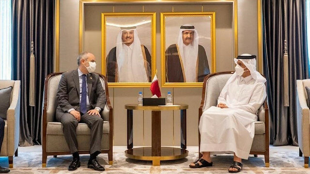وزير خارجية قطر يبحث مع برلماني تركي التعاون الثنائي
