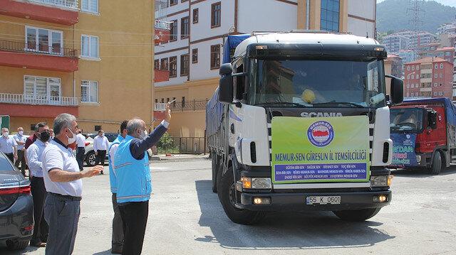 """""""غيراسون"""" التركية.. إرسال 8 شاحنات مساعدات إنسانية إلى سوريا"""