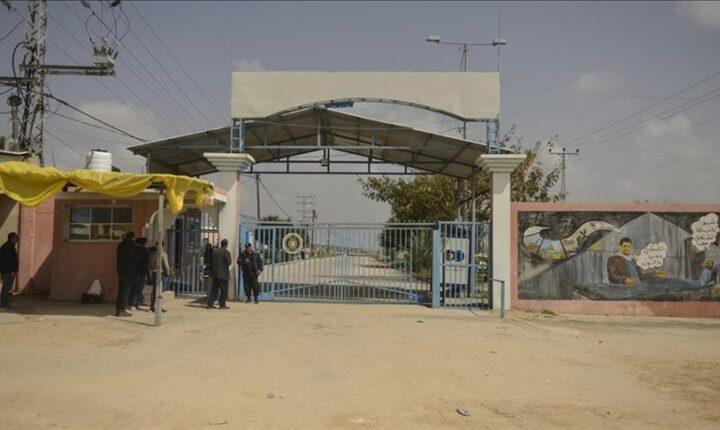 منسق الأمم المتحدة لعملية السلام وممثل الاتحاد الأوروبي يصلان غزة