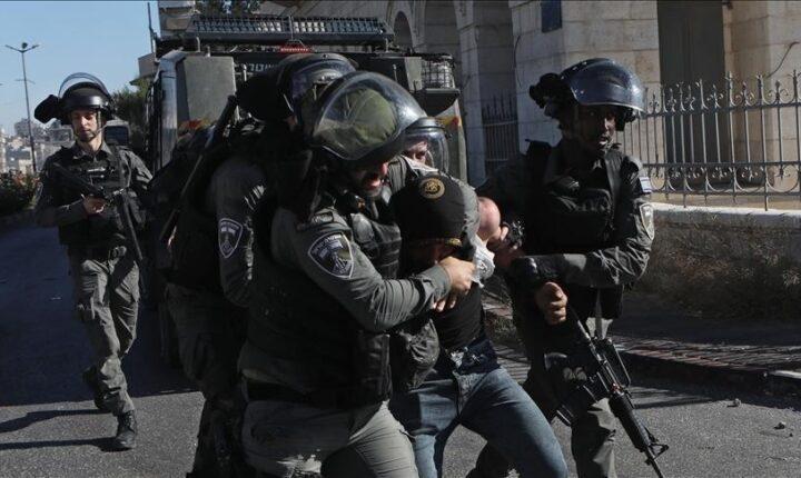 إسرائيل تعتقل شابين فلسطينيين بالقدس المحتلة