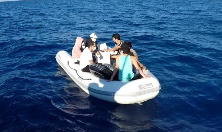 تركيا تنقذ 7 طالبي لجوء أجبرتهم اليونان على العودة