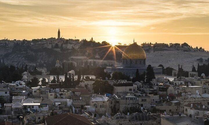 """نائب إسرائيلي متطرف يعلن عزمه اقتحام """"الأقصى"""" ظهر اليوم"""
