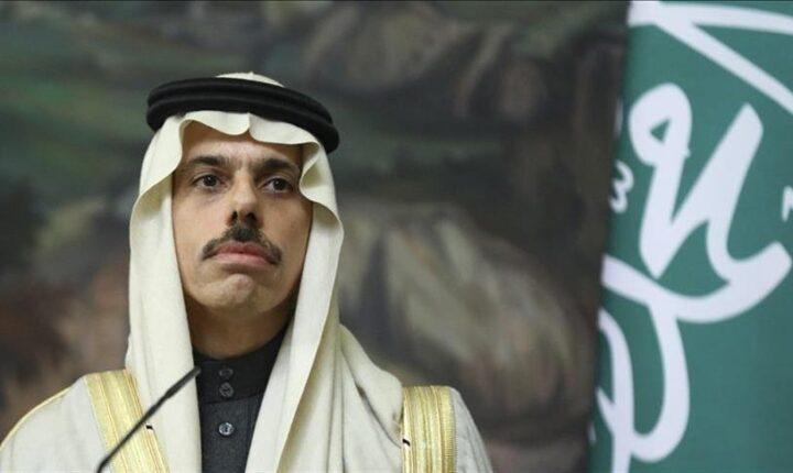 """الرياض وواشنطن تبحثان التنسيق لوقف """"التدخلات الإيرانية"""" بالمنطقة"""