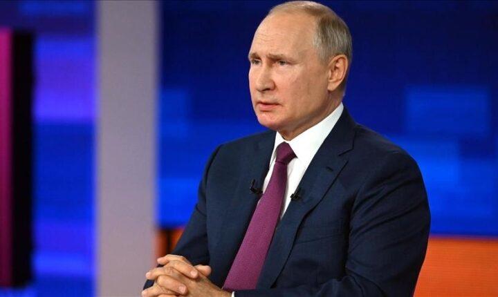 بوتين يدخل العزل الذاتي لتعدد إصابات كورونا بمحيطه